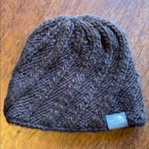 The North Face knit beanie lined with fleece